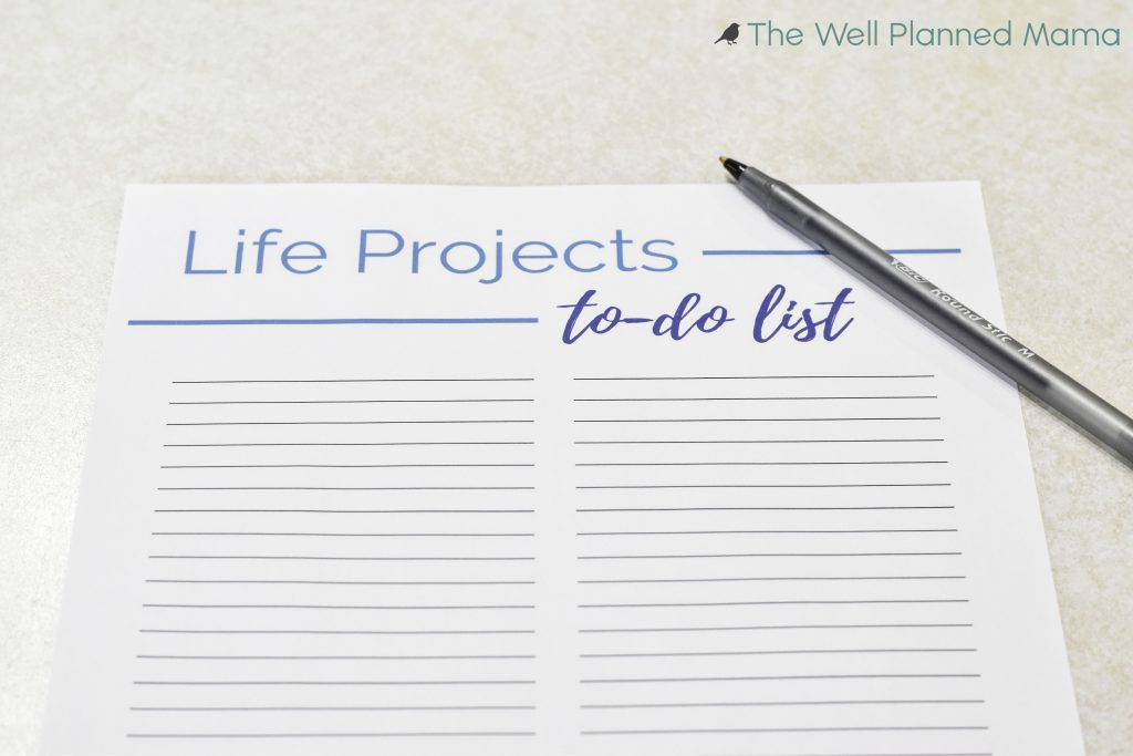 A simple to use life projects to-do list. Organization for life's projects. Free printable to help you organize all of the big (or little) projects.